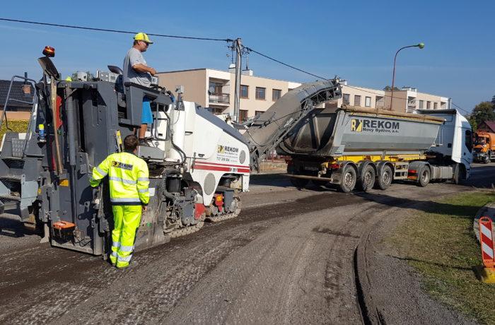 Frézování asfaltových povrchů